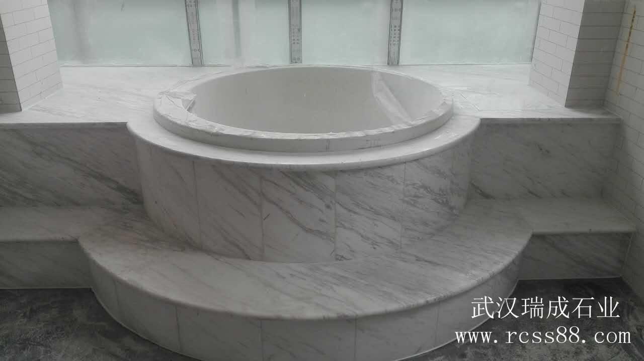 爵士白大理石卫生间浴缸